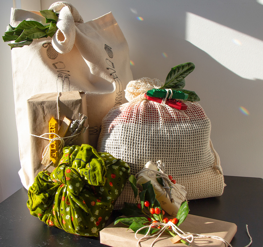 A Guide To Zero Waste Gift Wrapping For The Eco Conscious Gifter